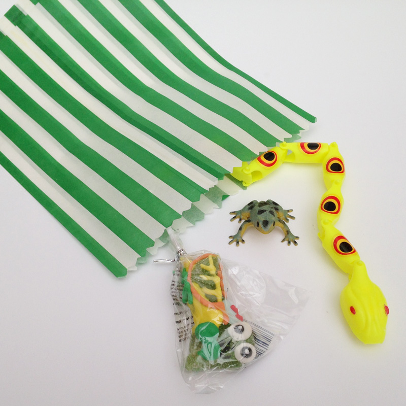 creepy crawlers pre-filled party bag