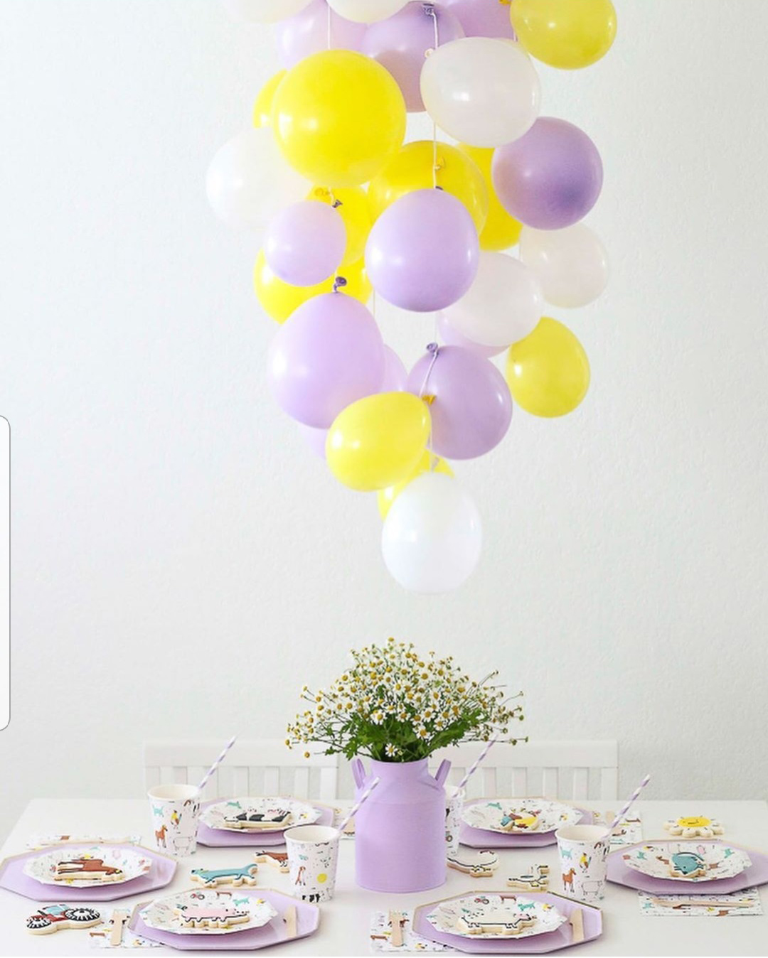 Decorate a room with balloons, no helium needed