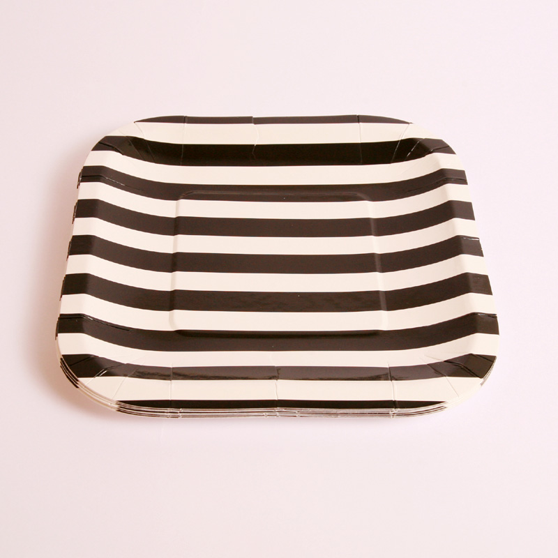 8 square black and white striped plates