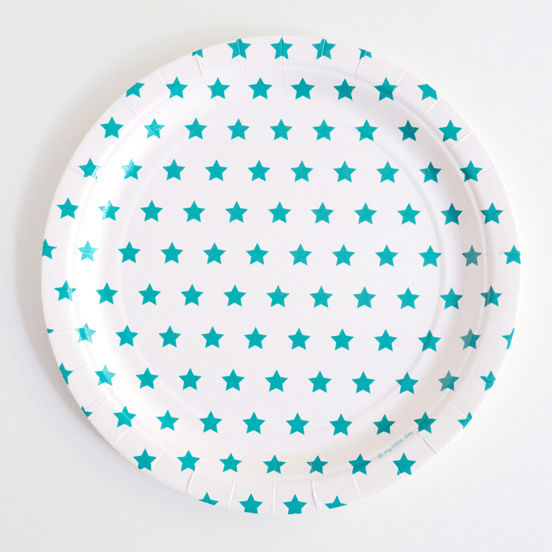 8 turquoise star plates