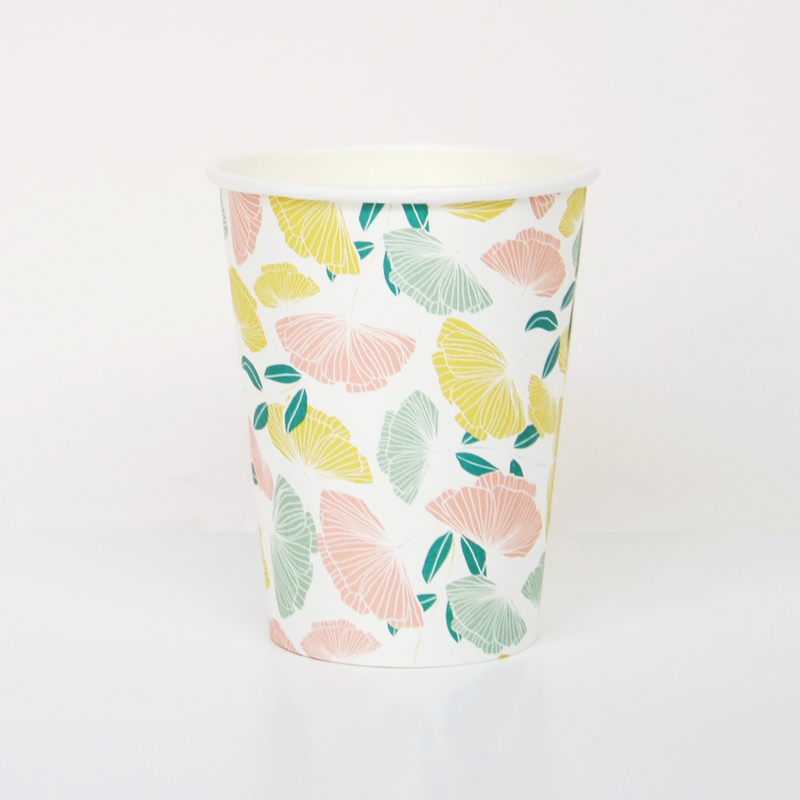 8 pastel flower cups