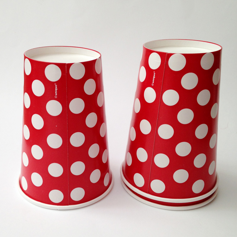 6 white polka dots red cups