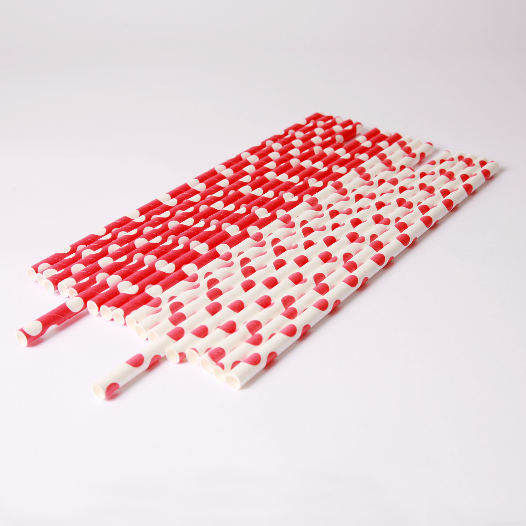 20 red and white polka dot paper straws