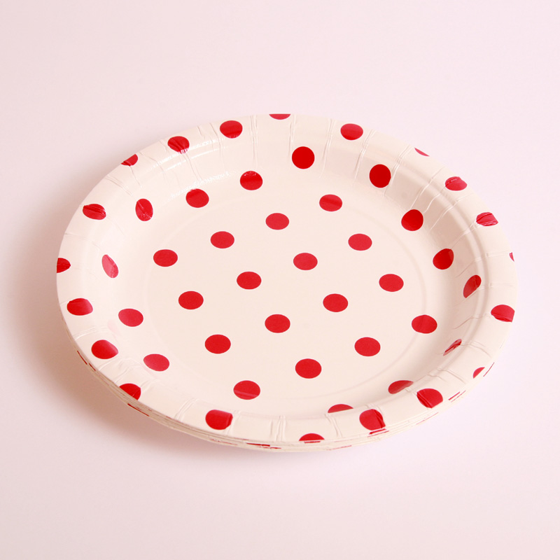 8 red polka dot plates