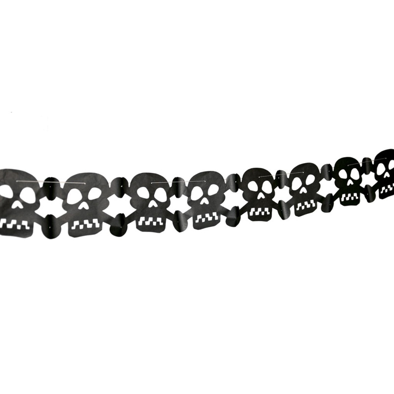 skull and crossbone party garland