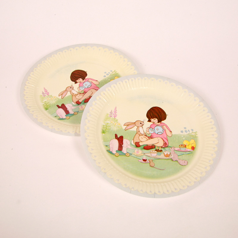 8 Belle and Boo tea party plates