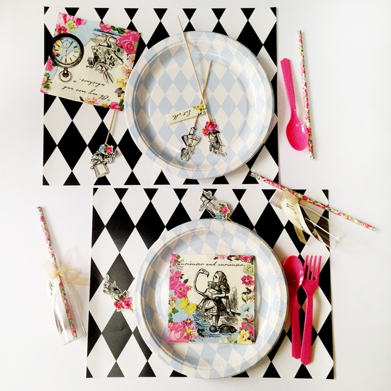 Alice in wonderland kit