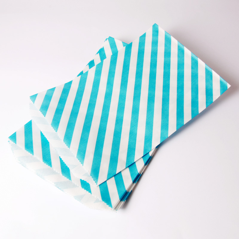8 turquoise diagonal striped party bags