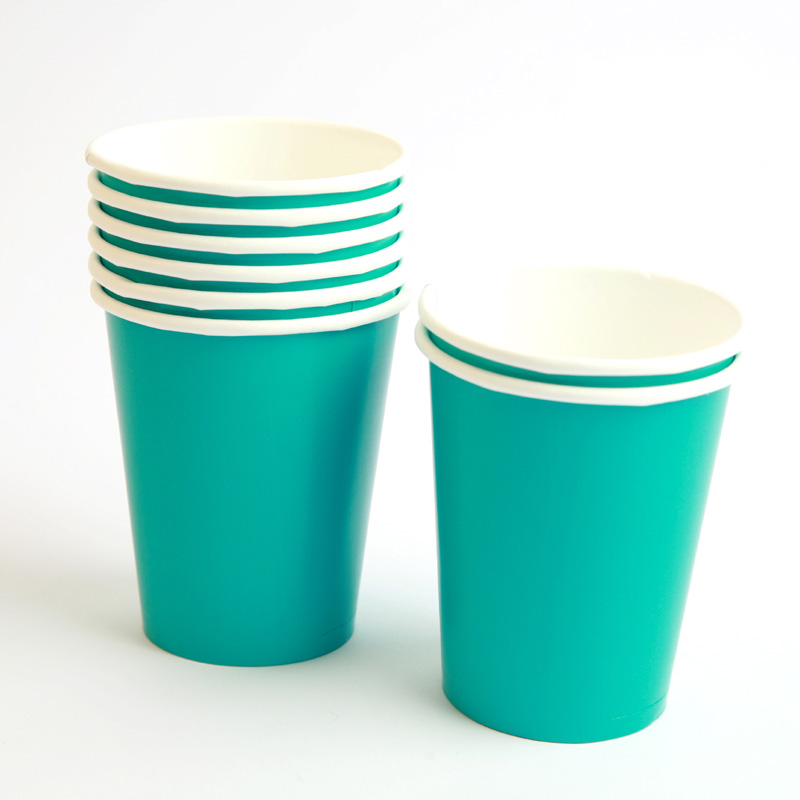 8 turquoise cups