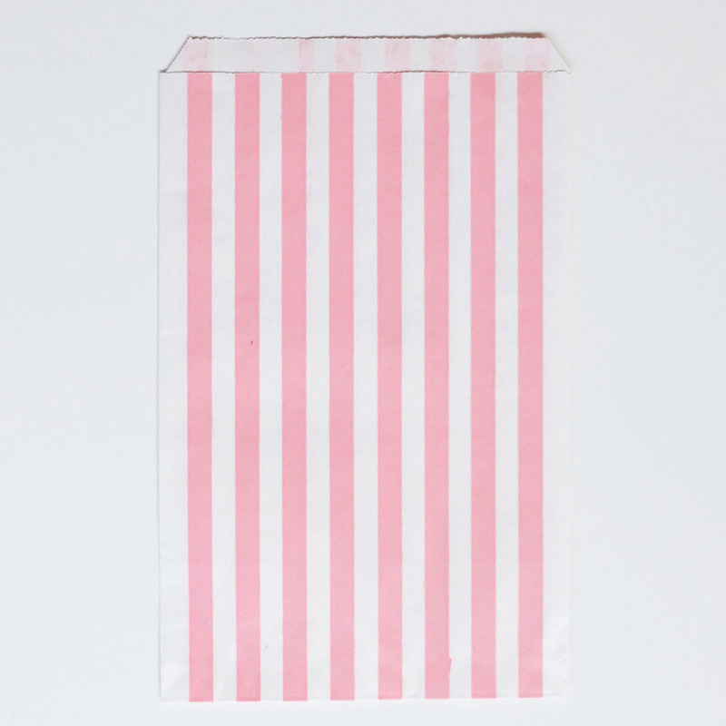 10 light pink paper party bags