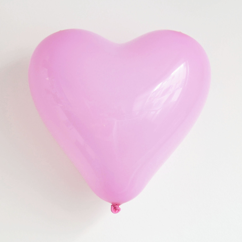 pack of 10 pink heart shaped balloons