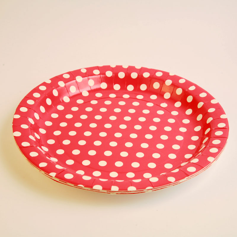6 white polka dot red plates