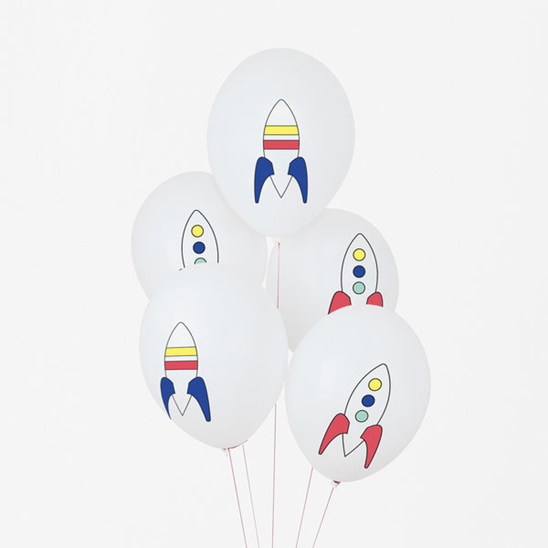 5 Cosmic printed balloons