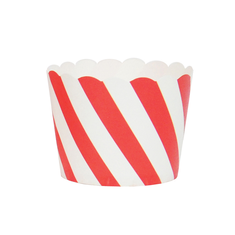 25 red diagonal cupcake liners