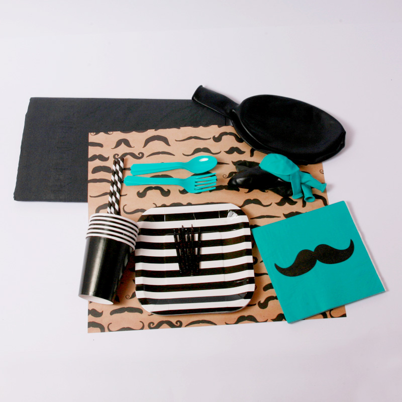 Monsieur moustache party kit
