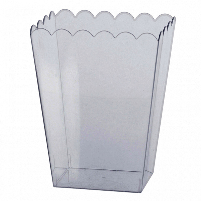 Clear Large Plastic Scalloped Container