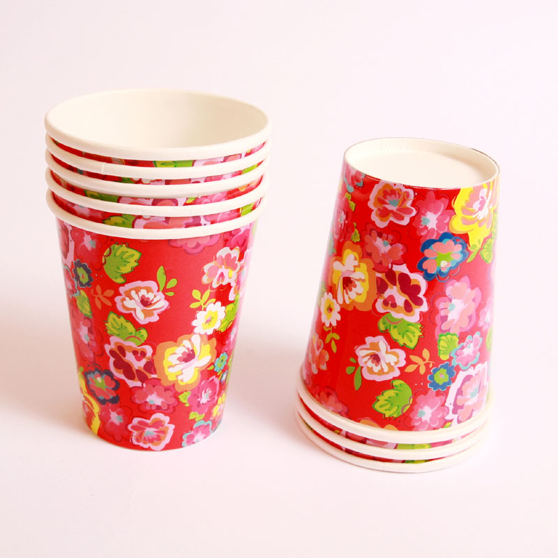 8 red flower cups