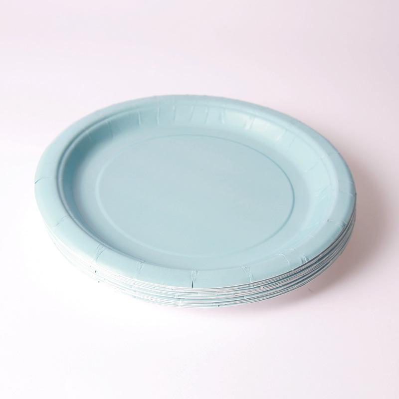 8 baby blue plates